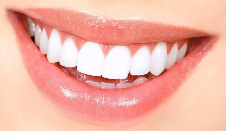 How to keep Teeth Clean and Strong